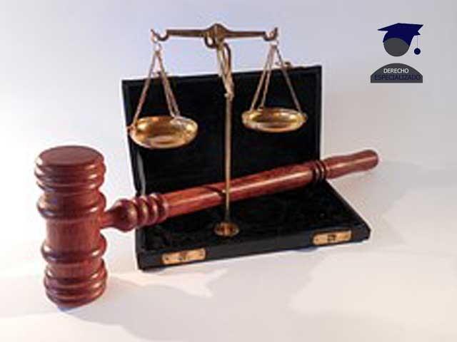 un abogado